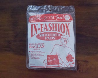"""Vintage In-Fashion Raglan Style White Shoulder Pads by Sil-o-ette- New in Package- 8"""" x 4"""""""