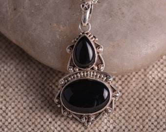 Black Onyx Necklace Vintage Sterling Pendant With 16 Inch Sterling Chain