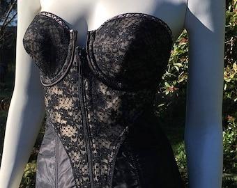 50s Lady Marlene Strapless Black Lace Boned Corset Bra. Front Zip. 38B
