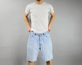 W36 // LEVIS 550 Vintage Jeans Shorts, 90s Relaxed Fit Grunge Denim Shorts . High Waist Plus Size Beach Denim Short Pants Levi's Blue Shorts