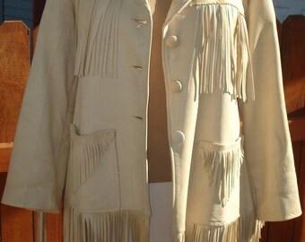 Vintage Women's Pioneer Wear Fringe Jacket Size 10 Soft Wheat colored Leather