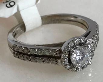 Beautiful 14k White Gold Halo Diamond Ring