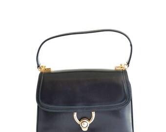 Vintage Gucci black leather handbag