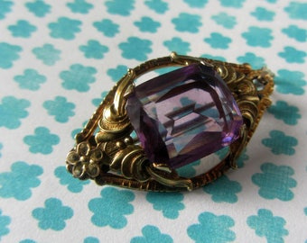 Victorian gold filled pendant, /brooch, Amethyst brooch pendant,Victorian gold brooch pin, adjustable vintage jewellery, Amethyst pendant