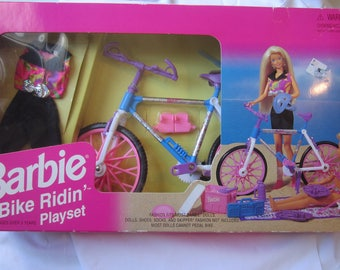 1995 Barbie Bike Ridin' Playset Mattel