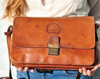 Leather shoulder bag, medium leather bag, 80s leather bag, retro leather bag, brown leather bag, vintage womens bag