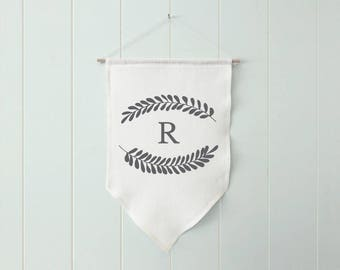Personalized Monogram Farmhouse Banner, Custom Initials Banner, Wreath Wall Banner with Letter, Farmhouse Wall Decor Housewarming Gift