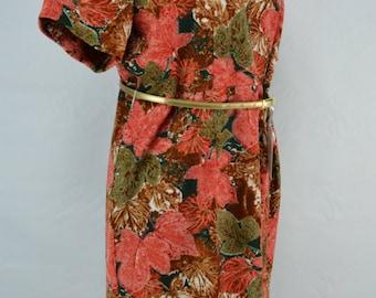 C1960's Dress With Leaf Print, 1960s Dress, 60's Dress, 1960s Dress, Madmen Dress, Mod Dress, Vintage Dress, Dress, 60s Floral Print Dress