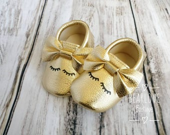 Baby Gold Moccasins | Gold Baby Moccs | Toddler Moccasin | Gold Baby Moccasin | Gold Moccasin | Baby Shower Gift | Photo Prop | Faux Leather