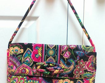 Vera Bradley Retired and Rare Pattern Symphony in Hue Baguette Paisley Quilted Vera Bradley Handbag Back to School Purse