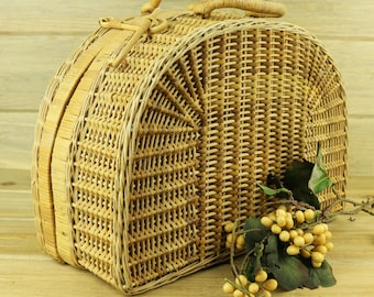 Vintage Wicker Straw Suitcase, Half-Moon Design, Locking Luggae, Boho, Bohemian, Vintage Wicker Bag, Straw Suitcase, Boho Home Decor 17-8