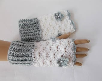 Crochet fingerless gloves Crochet mittens Fingerless glove White gray gloves Crochet fingerless gloves Wist warmers