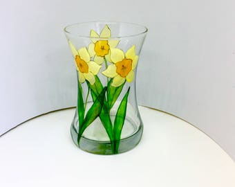 Daffodil vase, hand painted glass, glass vase, daffodil glass vase, flower vase, daffodil flower vase, vase, painted glass vase, gift