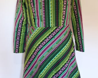 Vintage green striped 60s 70s fit and flare style with long sleeves and turtle neck size medium