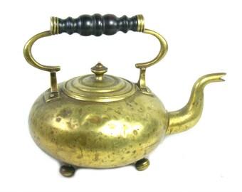 Antique Brass Kettle, Rustic Brass Kettle, Antique Brass Tea Pot, Rustic Victorian Kettle, English Kettle, Rustic Kitchen, Antique Kettle