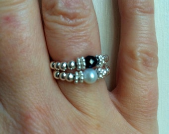 BLACK ONYX Sterling Silver stretch ring - February Birthstone jewellery - Root Chakra gift