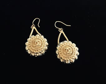 2 DESIGNER LOGO BUTTONS, repurposed to create a new pair of earrings, Chanel inspired C55-2