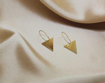 UPSIDEDOWN TRIANGLE Earring, Gold hoop earring, Handmade earring, hoops