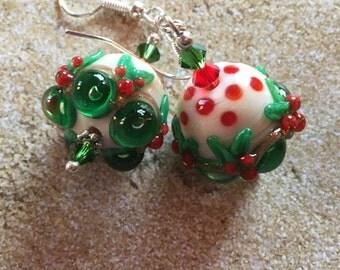 SRA Lampwork Earrings, Holiday Jewelry, Christmas Jewelry, Holiday Earrings, Christmas Earrings, Red and Green Christmas Earrings