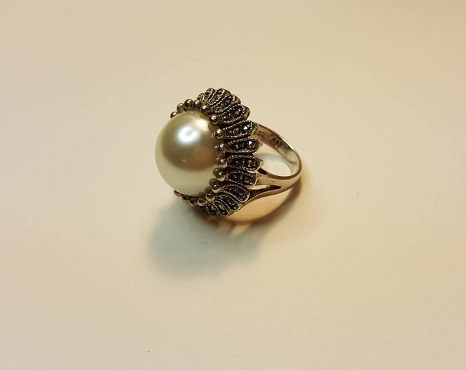 Vintage Mabe Pearl Sterling Marcasite Cocktail Ring Crown Blossom