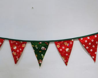 Gingerbread/Snowman/Santa Christmas bunting. Great for children!