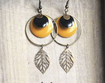 Mustard yellow sequin earrings, black and bronze leaf