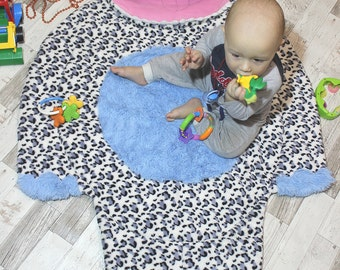 Baby play mat, play mat baby,  playmat, padded play mat, round play mat, baby gym, baby, soft toy, cat, toy