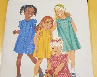 Vintage sewing Pattern Girls Size 5 (61cm)