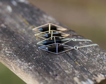 Black Agate Necklace / Geometric Caged Crystal Necklace / Boho Gypsy Healing Quartz Point Necklace Triangular Dipyramid Necklace