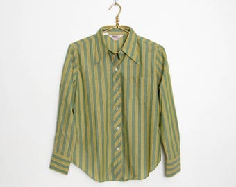 Men's Montgomery Ward Shirt / Long Sleeved Green & Gold Striped / Vintage 70s Button-down Shirt