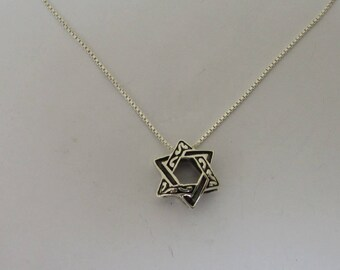 Pretty David Star Necklace, Sterling Silver Reversable Unisex Pendant, Judaica Jewelry, Fine Silver chain, All Lengths Available