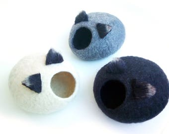 Pets Cave / Cat Cave / Cat Bed / Beds for small pets/ Gray, white, black + GIFT