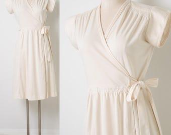 70s dress, Vintage ivory Dress, Vintage wrap dress, Vintage cream dress, Vintage day dress, 70s Ivory Dress, Vintage secretary dress - S/M