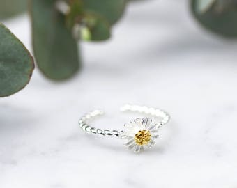 Sterling Silver Daisy Ring, Adjustable Ring, Sterling Silver Ring, Silver Flower Ring, Spring Jewellery, Daisy Jewellery, Woodland Gift