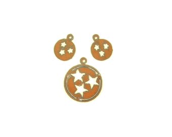 Tennessee Tristars In Circle Rusty Metal Pendant/Charm And Earrings 3-Piece Set