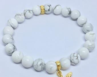 White Howlite Charm Bracelet, Howlite Bracelet, Stretch Bracelet, Gemstone Bracelet, Bee Charm Bracelet, Infinity Charm Bracelet