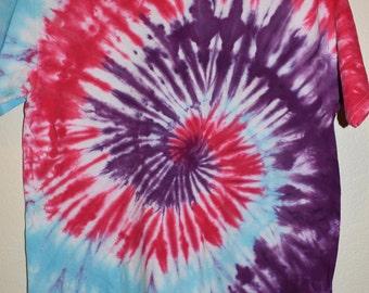 Size Medium Tie Dye, T-Shirt, Spiral