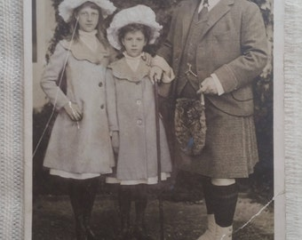 Vintage Postcard of King Edward VII with the Ladies Alexandra and Maud Duff, written and sent c.1910