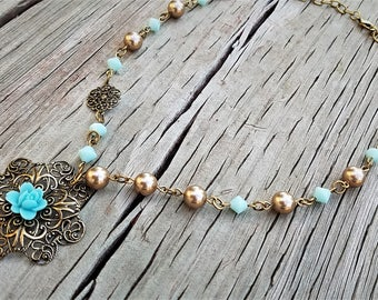 Filigree Pendant Necklace / Vintage Style Necklace / Antique Gold Necklace / Bridesmaid Necklace / Mint Green / Bronze / Bridesmaid Gift