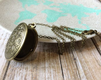 Brass Locket Necklace, Floral Locket, Picture Locket, Bronze Locket, In Memory Jewelry, Memorial Jewelry, Keepsake Jewelry Remembrance Gifts