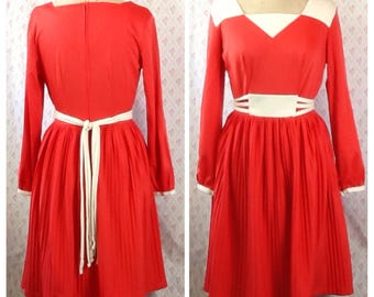Fabulous vintage 1960's/70's Toni Todd red orange vermillion and cream polyester pleated dress/mod