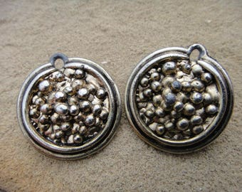 Vintage Jewerly VTG Clip on earring round large circle earrings clipons clip ons earrings