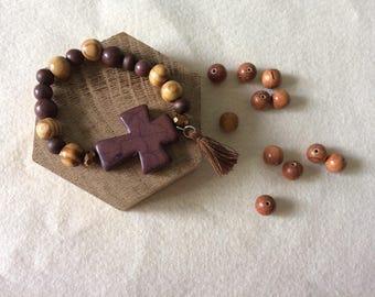 Glass tassel and howlite wood beaded bracelet