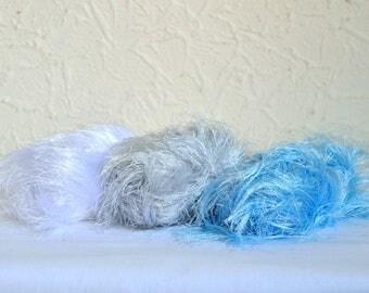 Furry decorative yarns, 3 x 50g / 1,76 oz balls