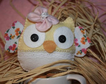 OWL felt and lace for child's room decor