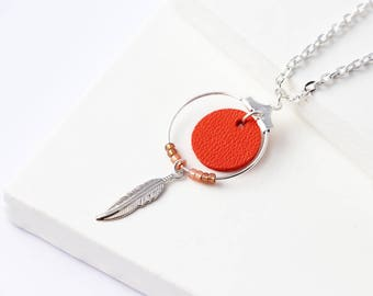 "Silver ""Nikiti"" vermilion, silver-plated feather leather necklace"