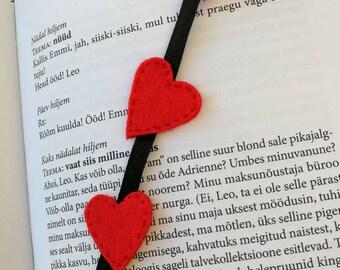 Valentine bookmark, handmade bookmark, red hearts bookmark, felt bookmark, heart bookmark, gift for wife, gift to friend, felt hearts