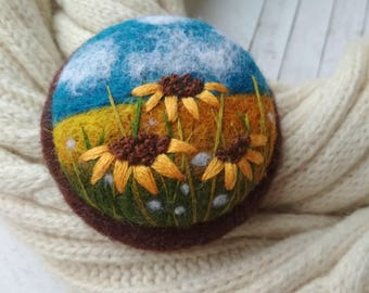 Made to order Sunflower jewelry Nature jewelry for sister Needle felt brooch Handmade teacher gift Gifts jewelry Gifts for wives Her gift