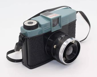 Diana No. 151 'Toy' Camera - An original one made 1960s, fab for Lomography / Lomo - Rare and very collectable