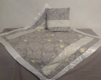 Baby Quilt and Pillow Set- Gray